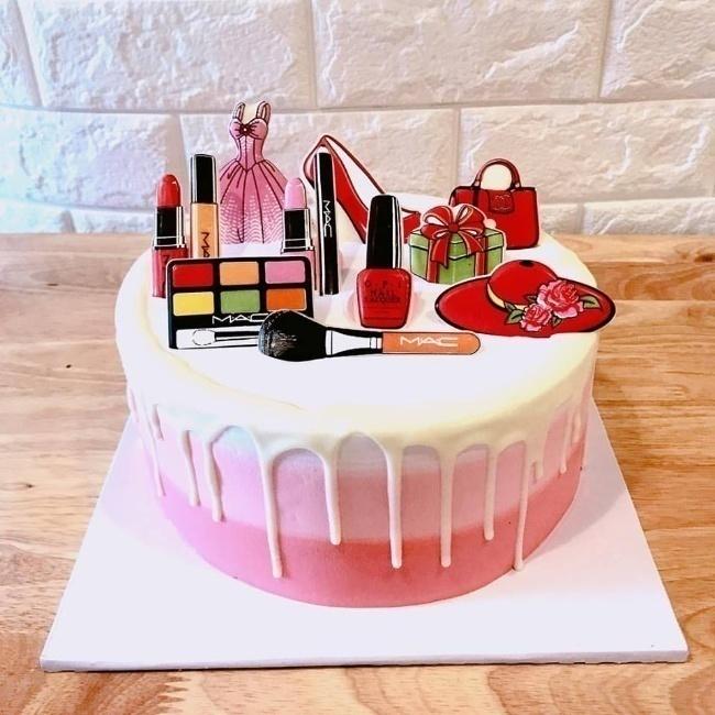 bánh sinh nhật đẹp màu hồng