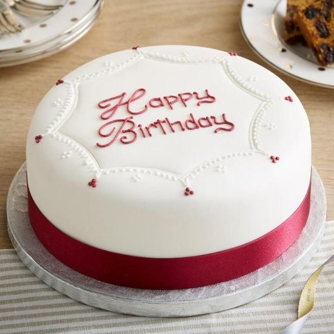 mẫu bánh sinh nhật đẹp cho bé gái 5 tuổi
