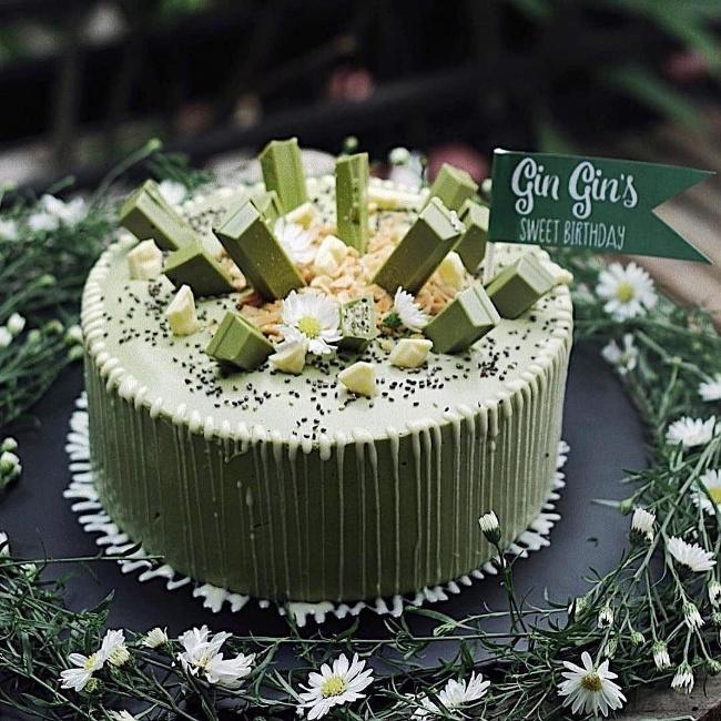mẫu bánh sinh nhật 2 tầng đẹp