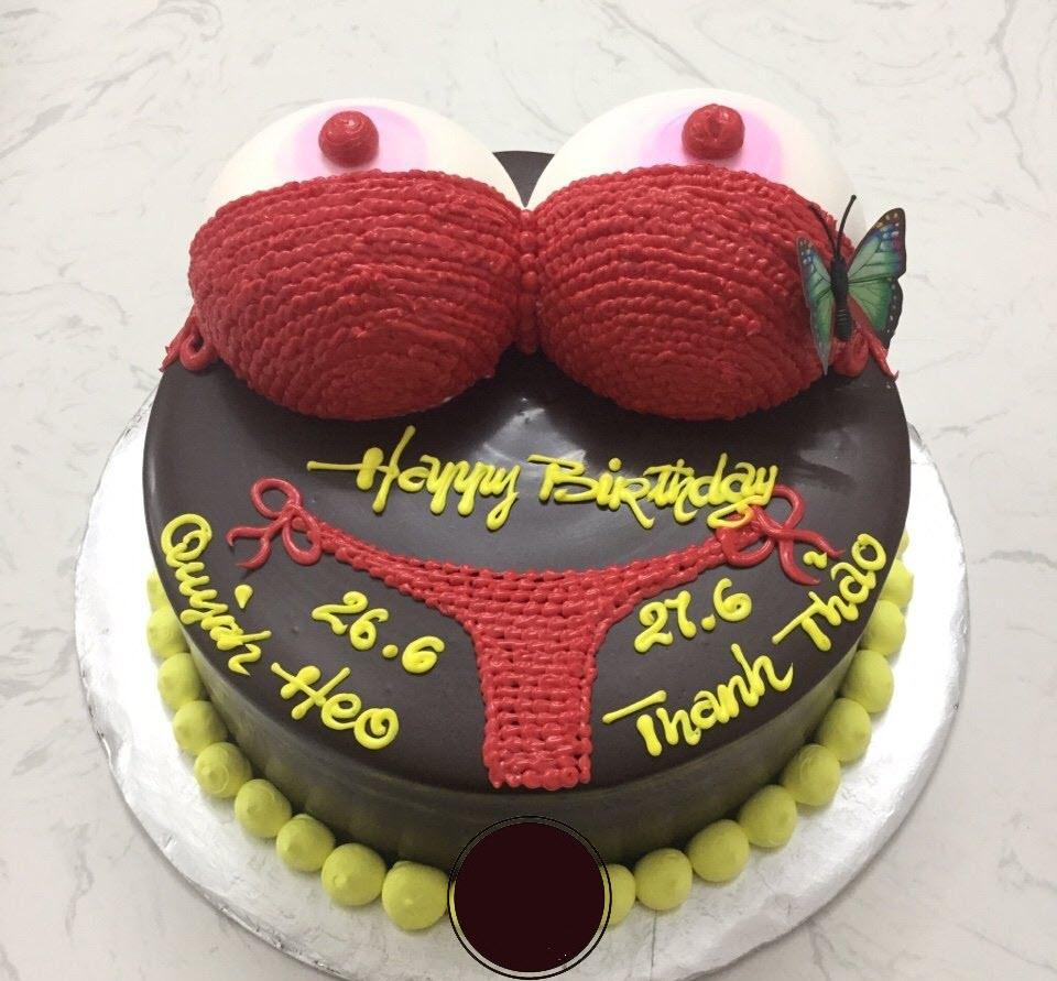 bánh sinh nhật hai huoc