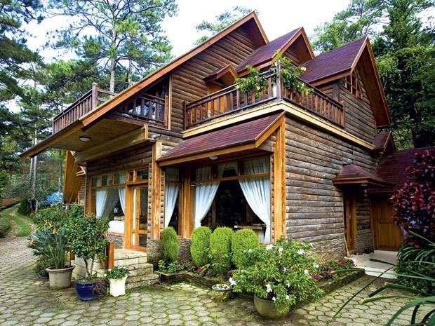 nhà gỗ lim cổ đẹp