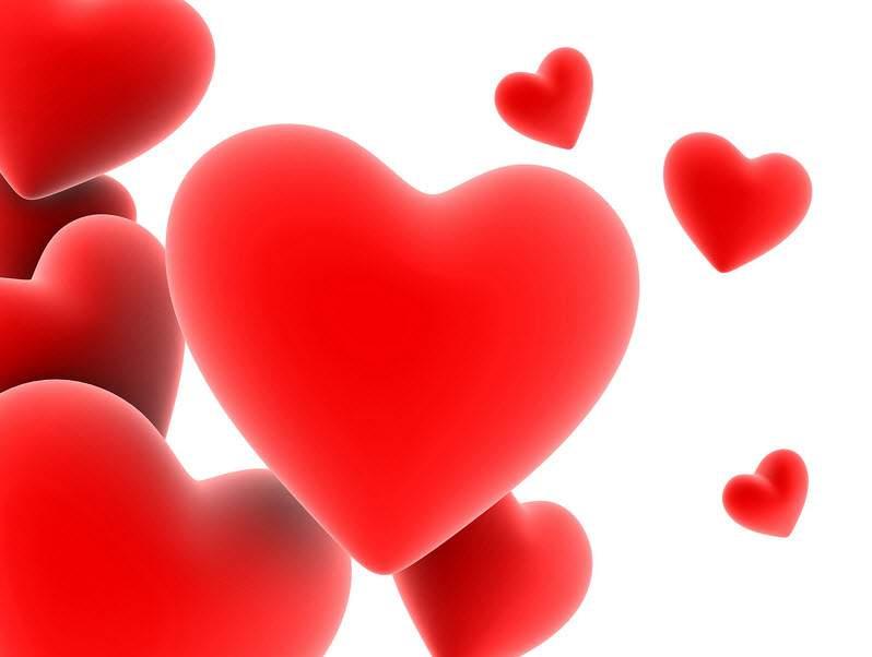 hình xăm trái tim có cánh