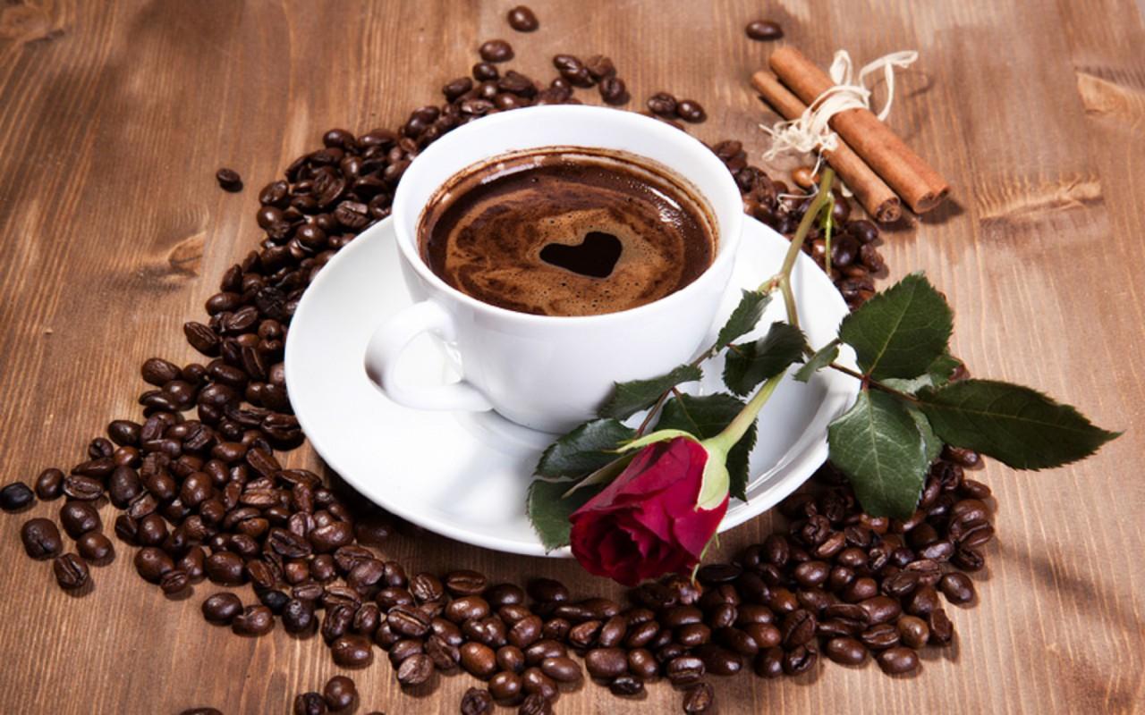 hình ảnh ly cà phê bốc khói