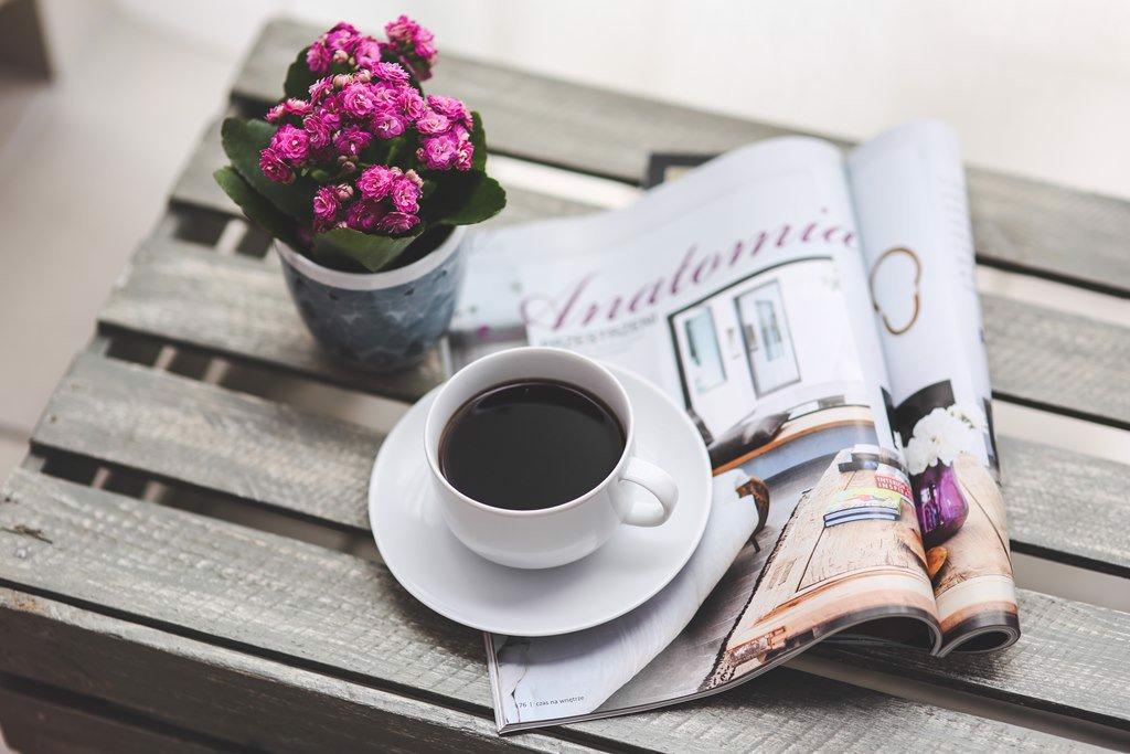 ly cà phê đẹp buổi sáng