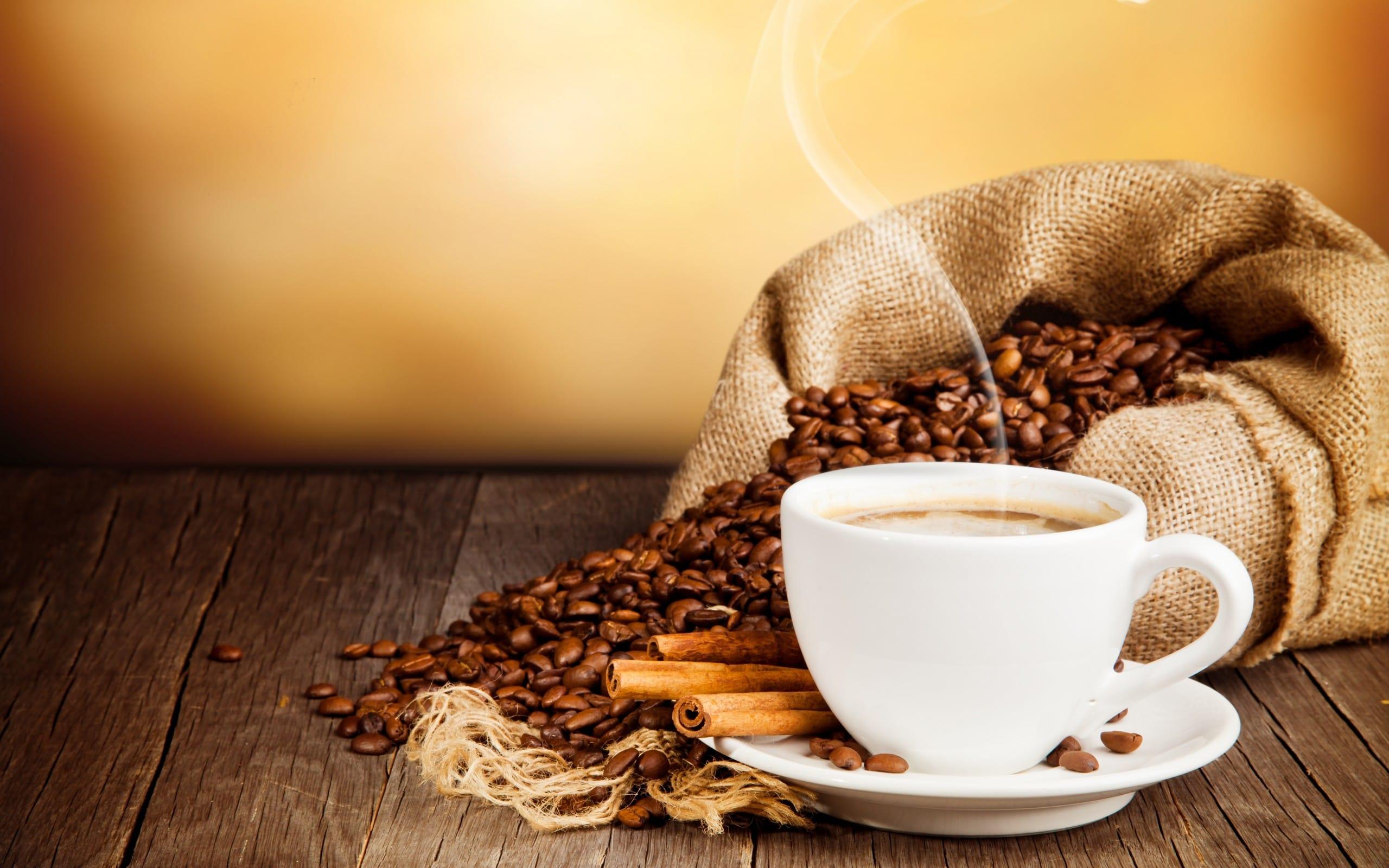 hình ảnh đẹp về ly cà phê đá