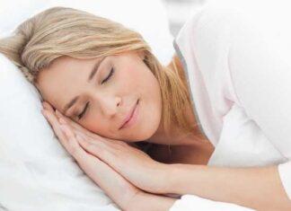 Chị em cần phải ngủ bù để đảm bảo cơ thể được nghỉ ngơi từ 5-6 tiếng